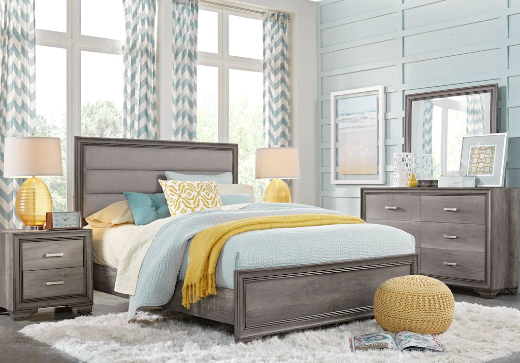 Blue and Yellow Guest Bedroom Design