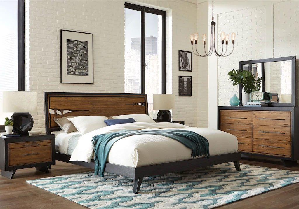 King Wooden Panel Bedroom Set with Blue & White Decor