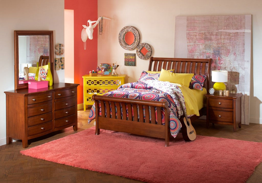 Santa Cruz Cherry Sleigh Bedroom Set Featuring Red & Pink Accents