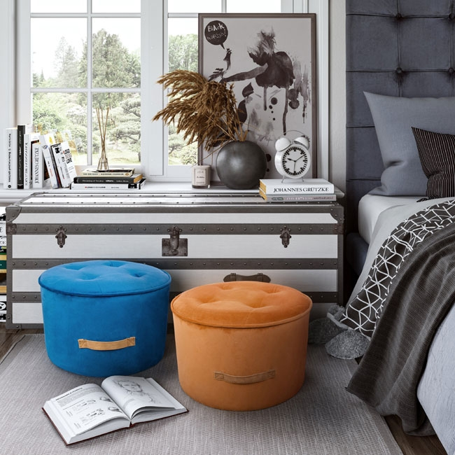 Bedroom Ottomans Can Add Splashes of Color to Existing Decor