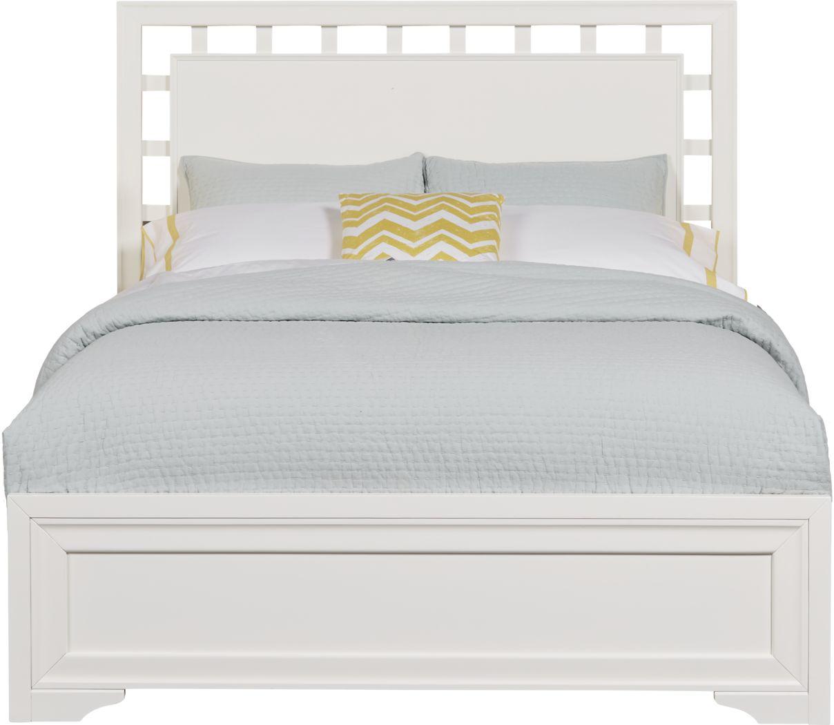 Belcourt White 3 Pc Queen Lattice Bed