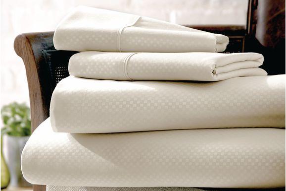 Belden Landing IV Ivory 4 Pc Queen Bed Sheet Set