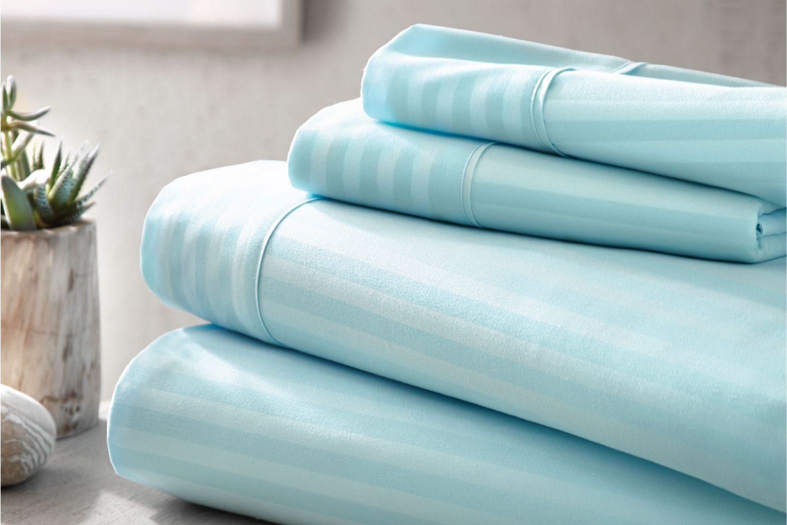Belden Landing V Blue 4 Pc Queen Bed Sheet Set