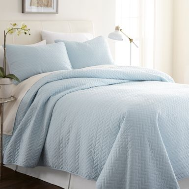 Belden Landing XXII Blue 3 Pc King Coverlet Set
