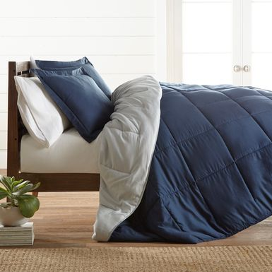 Belden Landing XXXIV Navy 3 Pc King Comforter Set