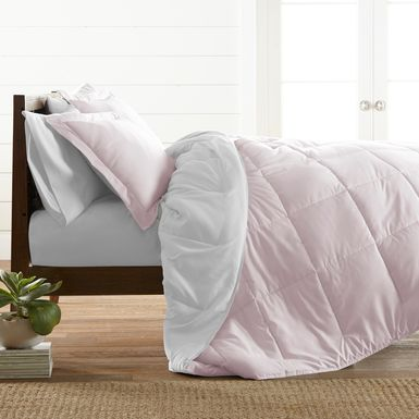 Belden Landing XXXIV Pink 3 Pc King Comforter Set