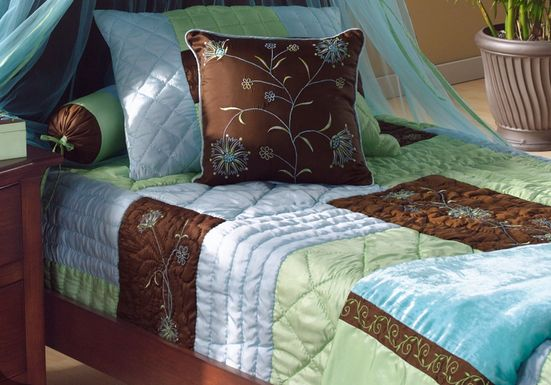 Botanika Deluxe Blue Twin Quilt Set