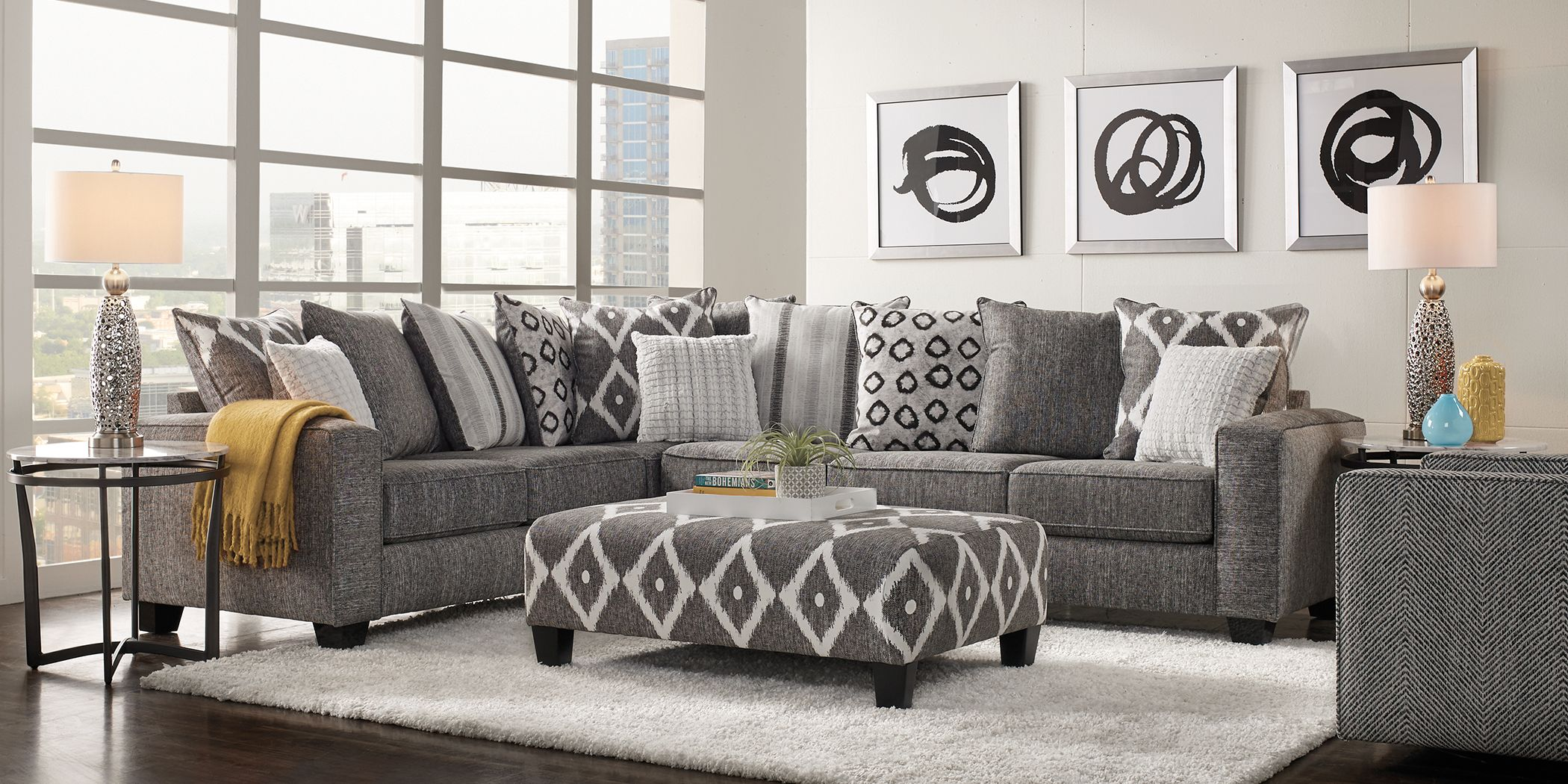 Carole Court Gray 5 Pc Sectional Living Room