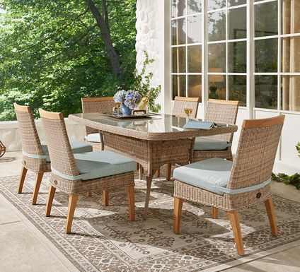 Cindy Crawford Home Hamptons Cove Gray 5 Pc Rectangle Outdoor Dining Set with Mist Cushions