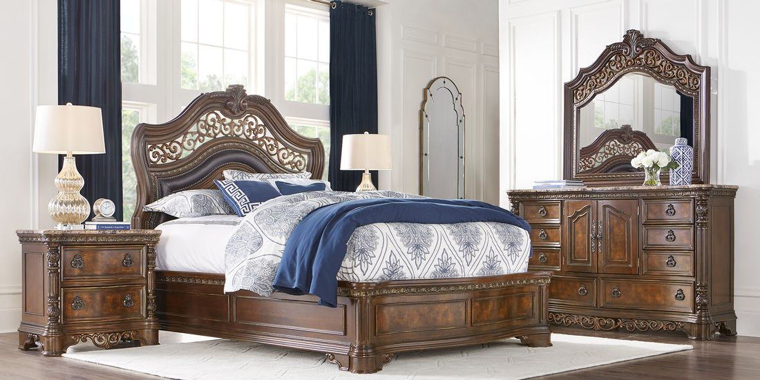 Traditional Style Ornate 5 Piece Bedroom Set
