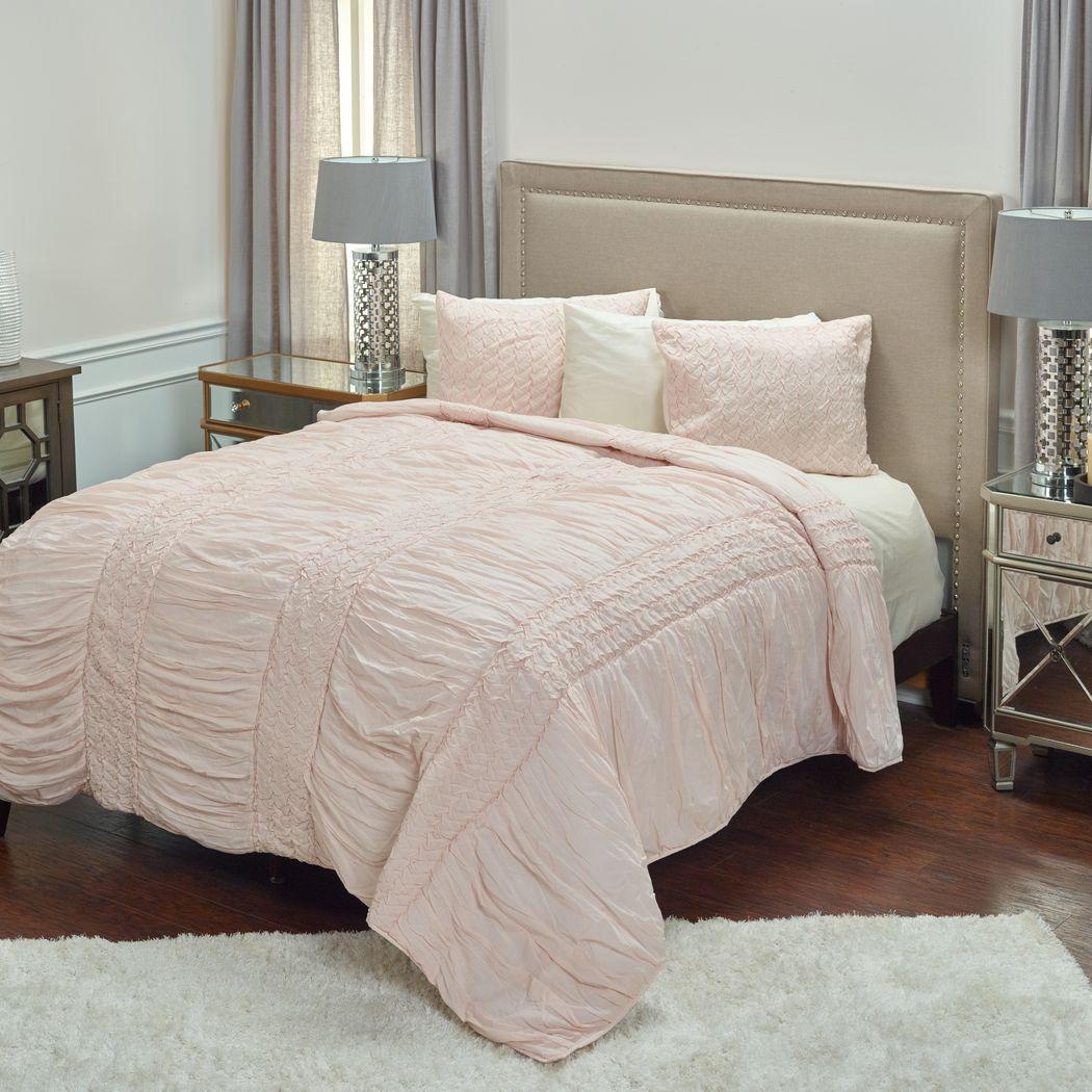 Lidiya Pink King Quilt