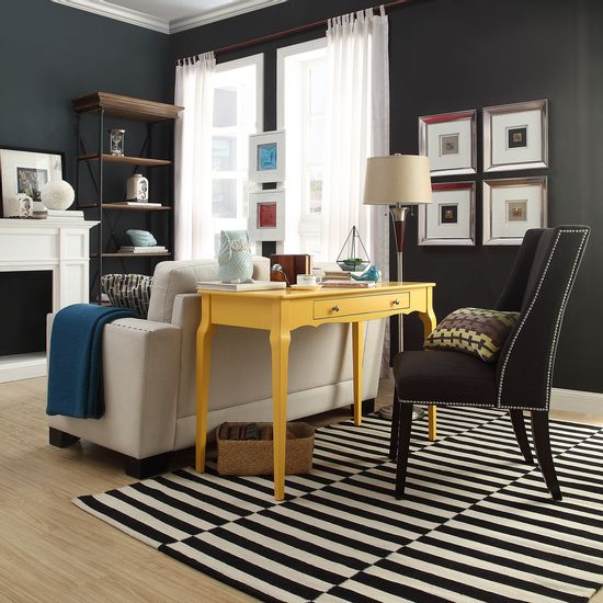 tullia-yellow-desk